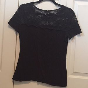 H&M black tee with lace detailing